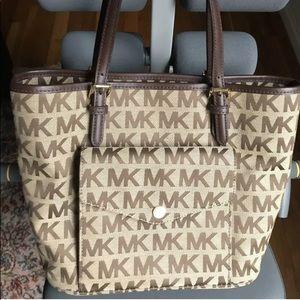Michael Kors Signature Bag